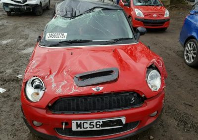 BMW MINI R56 COOPER S RED BREAKING FOR PARTS