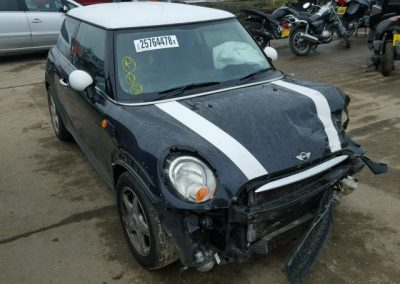 BMW MINI R56 COOPER D BLACK BREAKING FOR PARTS