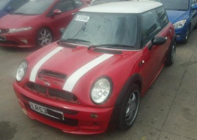 BMW MINI 2003 R53 COOPER S RED BREAKING FOR PARTS AERO