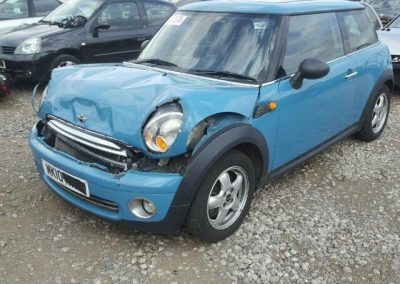 BMW MINI 2010 R56 ONE LIGHT BLUE BREAKING FOR PARTS