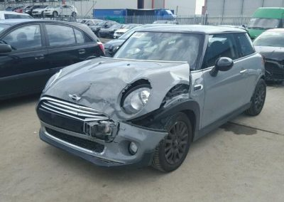 BMW MINI 2015 F56 COOPER AUTO GREY BREAKING FOR PARTS. REFERENCE CAR NO. 917