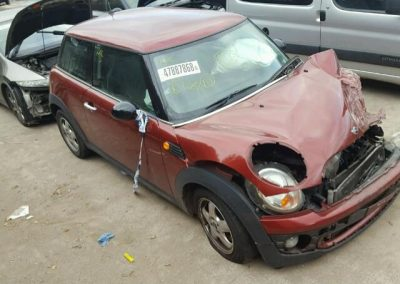 BMW MINI ONE 2008 MAROON BREAKING FOR PARTS