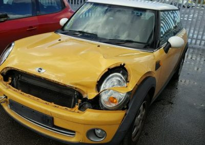 BMW MINI 2006 COOPER 1.6 PETROL MELLOW YELLOW BREAKING FOR PARTS