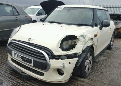 BMW MINI 2016 F56 ONE PETROL 1.2 6 SPEED MANUAL PEPPER WHITE BREAKING FOR PARTS