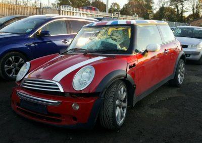 BMW MINI 2005 R50 COOPER PETROL 1.6 5 SPEED MANUAL CHILI RED BREAKING FOR PARTS