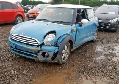 BMW MINI 2009 COOPER D DIESEL OXYGEN 6 SPEED MANUAL BLUE BREAKING FOR PARTS
