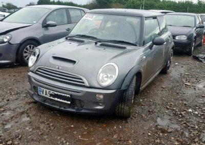 BMW MINI 2002 R53 COOPER S PETROL 1.6 6 SPEED MANUAL DARK SILVER METALLIC BREAKING FOR PARTS