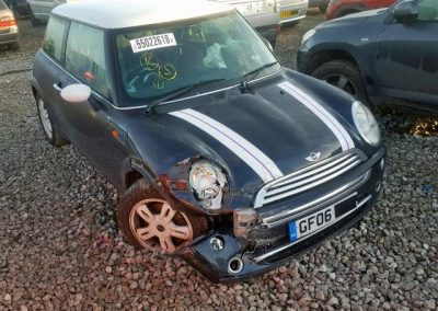 BMW MINI 2006 R50 COOPER 1.6 5 SPEED MANUAL ASTRO BLACK BREAKING FOR PARTS