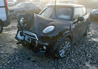 BMW MINI 2014 F56 COOPER 1.5 6 SPEED MANUAL MIDNIGHT BLACK BREAKING FOR PARTS. REFERENCE CAR NO. 1042
