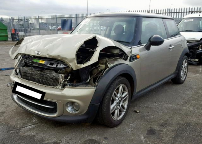 BMW MINI 2010 R56 LCI COOPER D DIESEL 1.6 6 SPEED MANUAL SPARKLING SILVER BREAKING FOR PARTS