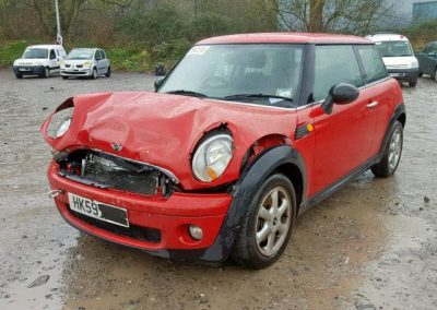 BMW MINI 2009 R56 ONE 1.4 6 SPEED MANUAL CHILI RED BREAKING FOR PARTS