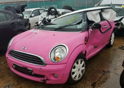 BMW MINI 2009 R56 ONE 1.4 6 SPEED MANUAL PINK BREAKING FOR PARTS