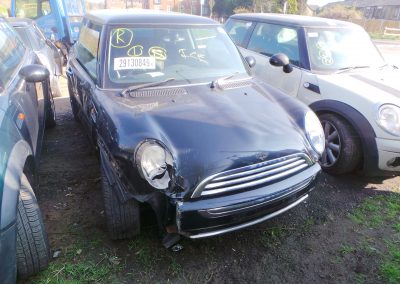 BMW MINI 2005 R50 ONE 1.6 5 SPEED MANUAL ASTRO BLACK METALLIC BREAKING FOR PARTS