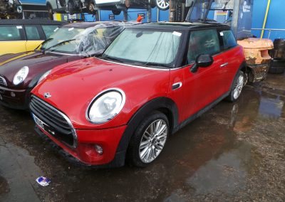 BMW MINI 2016 F56 COOPER 1.5 6 SPEED MANUAL BLAZING RED II METALLIC BREAKING FOR PARTS