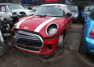 BMW MINI 2014 F56 COOPER D DIESEL 1.5 6 SPEED MANUAL BLAZING RED II METALLIC BREAKING FOR PARTS. REFERENCE CAR NO. 1183