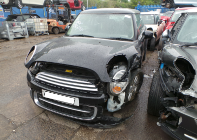 BMW MINI 2011 R56 COOPER D DIESEL 1.6 6 SPEED MANUAL MIDNIGHT BLACK BREAKING FOR PARTS