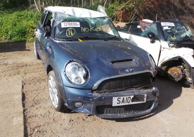 BMW MINI 2010 R56 COOPER S 1.6 6 SPEED MANUAL HORIZON BLUE METALLIC BREAKING FOR PARTS