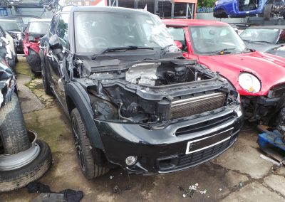 BMW MINI 2014 R60 COUNTRYMAN COOPER SD DIESEL 2.0 6 SPEED MANUAL ABSOLUTE BLACK METALLIC BREAKING FOR PARTS. REFERENCE CAR NO. 1325