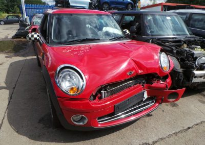 BMW MINI 2007 R56 COOPER 1.6 6 SPEED MANUAL CHILI RED BREAKING FOR PARTS. REFERENCE CAR NO. 1334