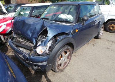 BMW MINI 2009 R56 ONE 1.4 6 SPEED MANUAL HORIZON BLUE METALLIC BREAKING FOR PARTS. REFERENCE CAR NO. 1333