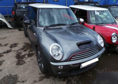 BMW MINI 2005 R53 COOPER S 1.6 6 SPEED MANUAL DARK SILVER METALLIC BREAKING FOR PARTS. REFERENCE CAR NO. 1335.