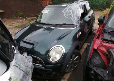 BMW MINI 2007 R56 COOPER S 1.6 6 SPEED MANUAL BRITISH RACING GREEN METALLIC BREAKING FOR PARTS. REFERENCE CAR NO. 1353