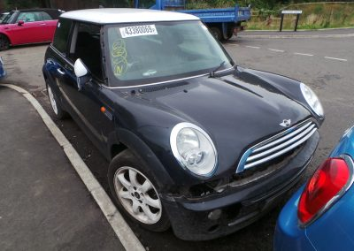 BMW MINI 2005 R50 ONE 1.6 6 SPEED AUTOMATIC ASTRO BLACK METALLIC BREAKING FOR PARTS. REFERENCE CAR NO. 1352
