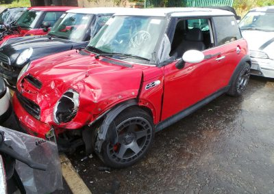 BMW MINI 2003 R53 COOPER S 1.6 6 SPEED MANUAL CHILI RED BREAKING FOR PARTS
