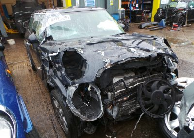 BMW MINI 2006 R56 COOPER 1.6 6 SPEED MANUAL ASTRO BLACK METALLIC BREAKING FOR PARTS. REFERENCE CAR NO. 1390