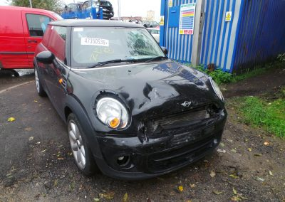 BMW MINI 2012 R56 LCI FIRST 1.6 6 SPEED MANUAL MIDNIGHT BLACK METALLIC BREAKING FOR PARTS. REFERENCE CAR NO. 1393