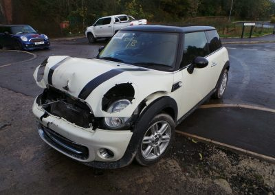 BMW MINI 2011 R56 LCI COOPER 1.6 6 SPEED MANUAL PEPPER WHITE BREAKING FOR PARTS. REFERENCE CAR NO. 1426.