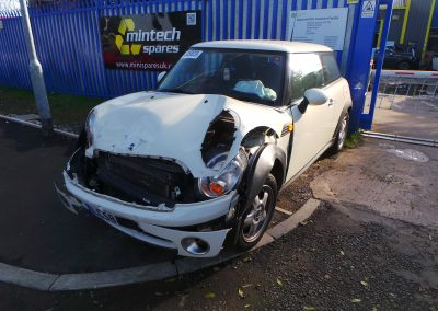 BMW MINI 2008 R56 ONE 1.4 6 SPEED MANUAL PEPPER WHITE BREAKING FOR PARTS. REFERENCE CAR NO. 1385
