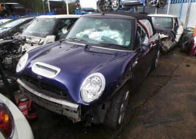 BMW MINI 2004 R52 CONVERTIBLE COOPER S 1.6 6 SPEED MANUAL BLACKEYE PURPLE METALLIC BREAKING FOR PARTS.