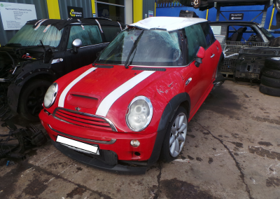 BMW MINI 2005 R53 COOPER S 1.6 6 SPEED MANUAL CHILI RED BREAKING FOR PARTS. REFERENCE CAR NO. 1397