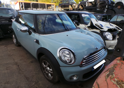 BMW MINI 2013 R56 LCI ONE 1.6 6 SPEED MANUAL ICE BLUE BREAKING FOR PARTS. REFERENCE CAR NO. 1416