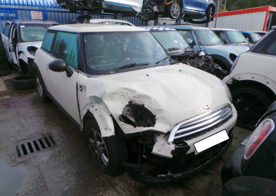 BMW MINI 2012 R56 LCI ONE 1.6 6 SPEED MANUAL PEPPER WHITE BREAKING FOR PARTS. REFERENCE CAR NO. 1389