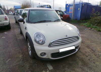 BMW MINI 2012 R56 LCI ONE 1.6 6 SPEED MANUAL PEPPER WHITE BREAKING FOR PARTS. REFERENCE CAR NO. 1436.