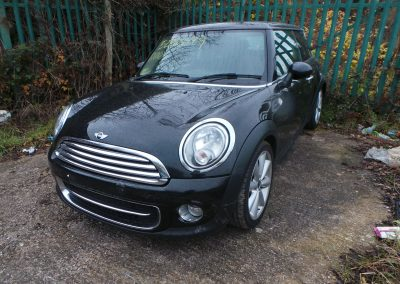 BMW MINI 2012 R56 LCI COOPER D DIESEL 1.6 6 SPEED MANUAL MIDNIGHT BLACK METALLIC BREAKING FOR PARTS. REFERENCE CAR NO. 1423.