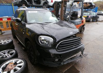 BMW MINI 2018 F60 COUNTRYMAN COOPER 1.5 AUTOMATIC MIDNIGHT BLACK METALLIC BREAKING FOR PARTS. REFERENCE CAR NO. 1418