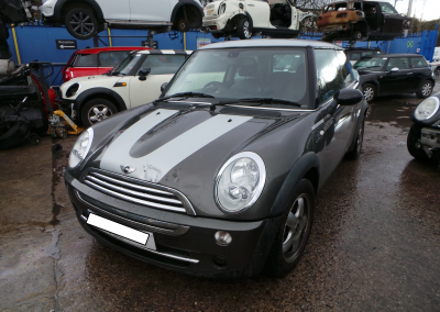 BMW MINI 2006 R50 COOPER PARK LANE EDITION 1.6 5 SPEED MANUAL ROYAL GREY METALLIC BREAKING FOR PARTS.