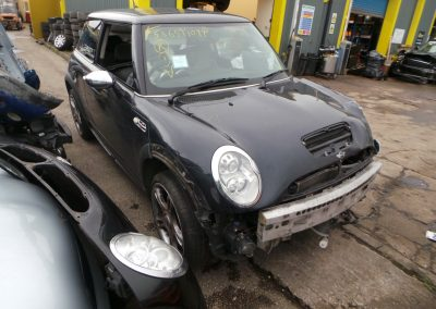 BMW MINI 2006 R53 COOPER S JCW JOHN COOPER WORKS 1.6 6 SPEED MANUAL ASTRO BLACK METALLIC FOR PARTS. REFERENCE CAR NO. 1465.