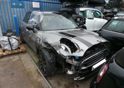 BMW MINI 2017 F55 COOPER 1.5 6 SPEED MANUAL MELTING SILVER METALLIC FOR PARTS. REFERENCE CAR NO. 1466.