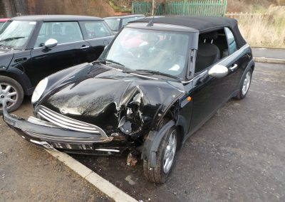 BMW MINI 2005 R52 CONVERTIBLE ONE 1.6 5 SPEED MANUAL SWARTZ BLACK BREAKING FOR PARTS.